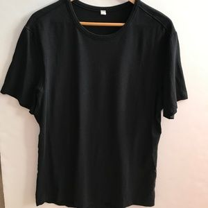 Lululemon Black T Shirt size Large
